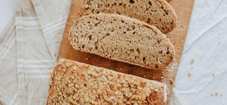 ovseni kruh z drožmi